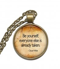 Halsband Brons Silver Oscar Wilde Citat Quote